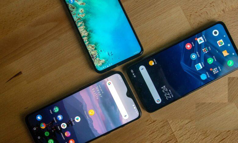OnePlus-7-and-Xiaomi-Mi-9-and-Asus-Zenfone-6-displays